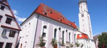 Stadtpfarrkirche Mariä Himmelfahrt Außenansicht