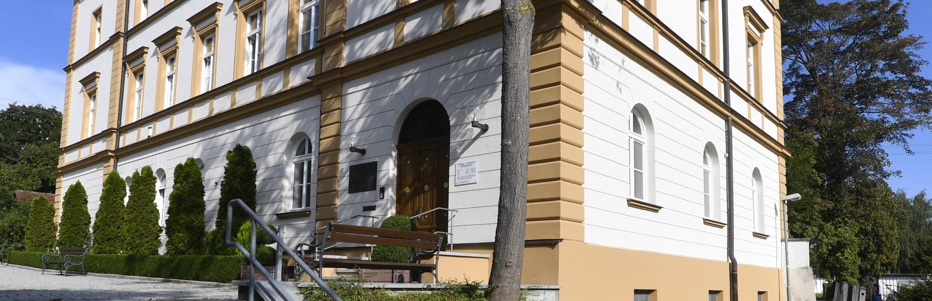 Rathaus der Stadt Burgau