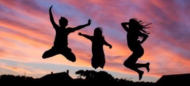 Verein; Kinder die springen