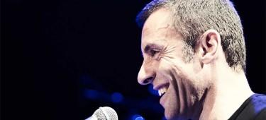 Martin Schmitt an Mikrofon